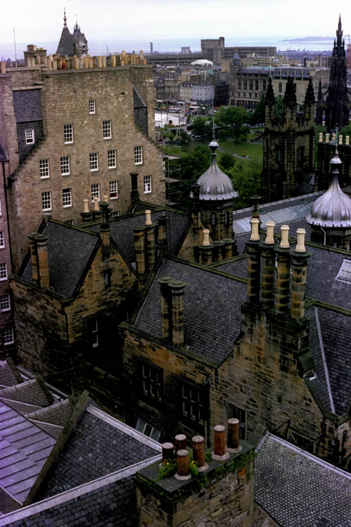 edinburgh_rooftops_wrk
