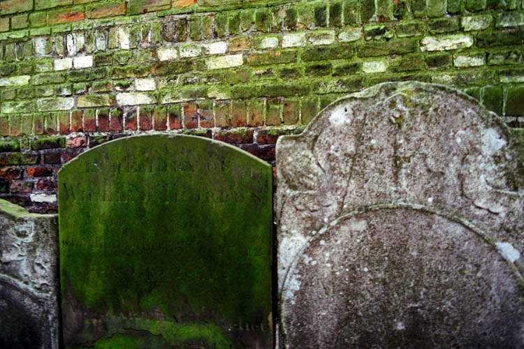 mossy_headstones_bricks_wrk