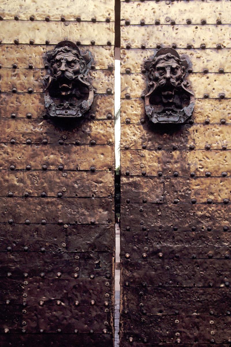 Dual Heads