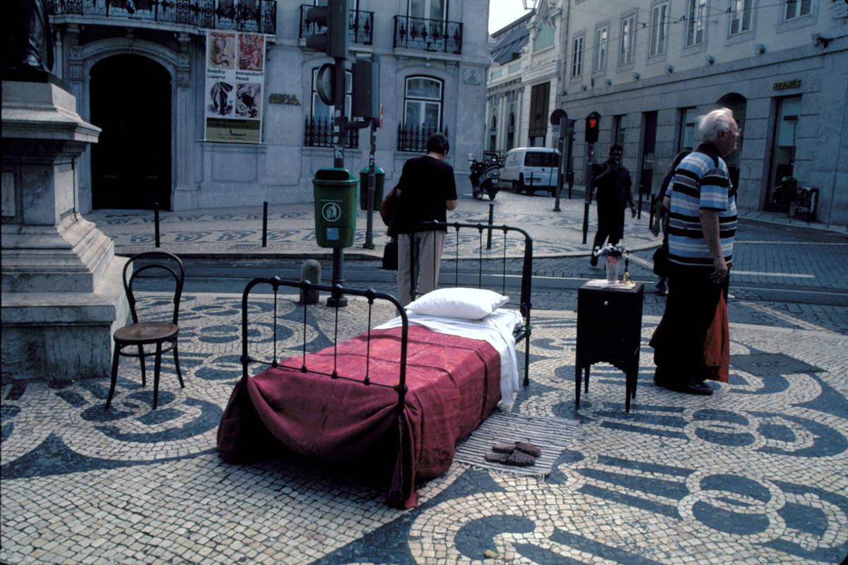Bed in the Plaza