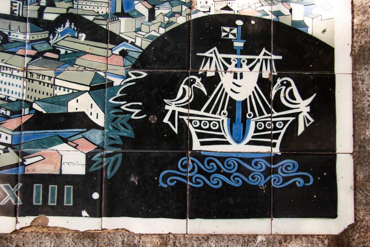 Lisbon Emblem in Tile