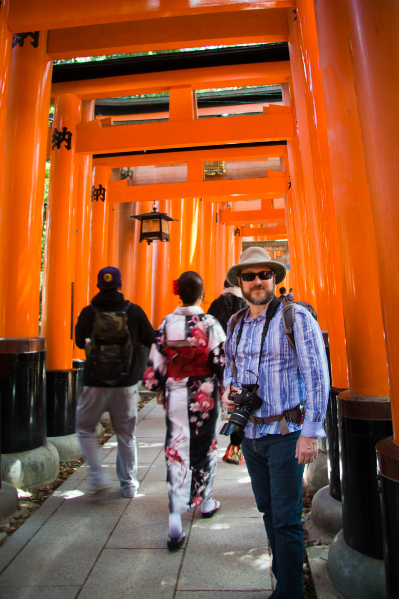 Dan under the Senbon Torii