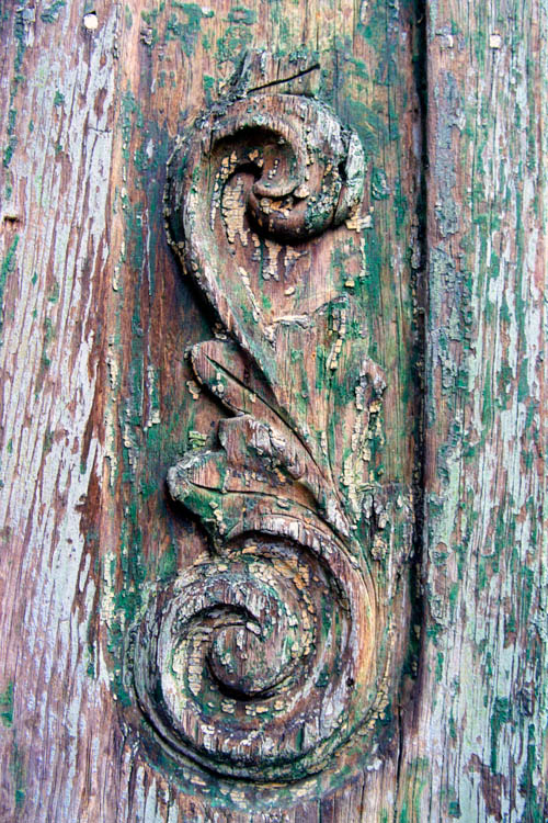 green_weathered_scroll.wrk