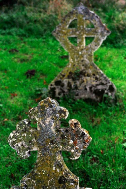 dual_headstones_wrk